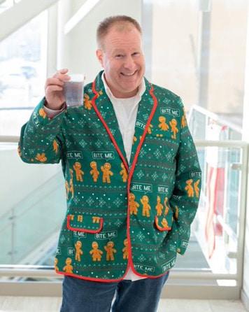 Dan ugly sweater